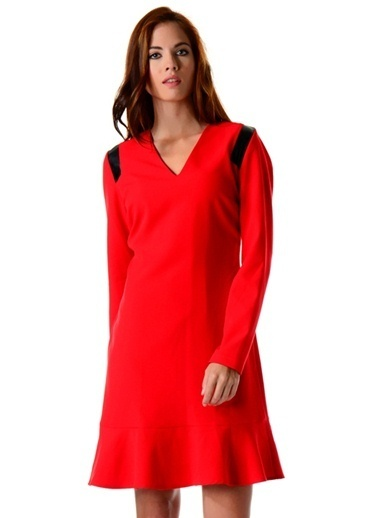 Cotton Bar V Yaka Volanlı Elbise Kırmızı